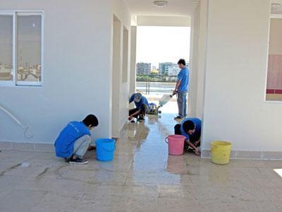 Vệ sinh nhà mới QT Việt Nam